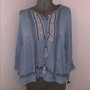NWT Knox Rose pheasant style shirt with tassels